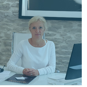 Dr. Muriel Greuse, chirurgien plasticien